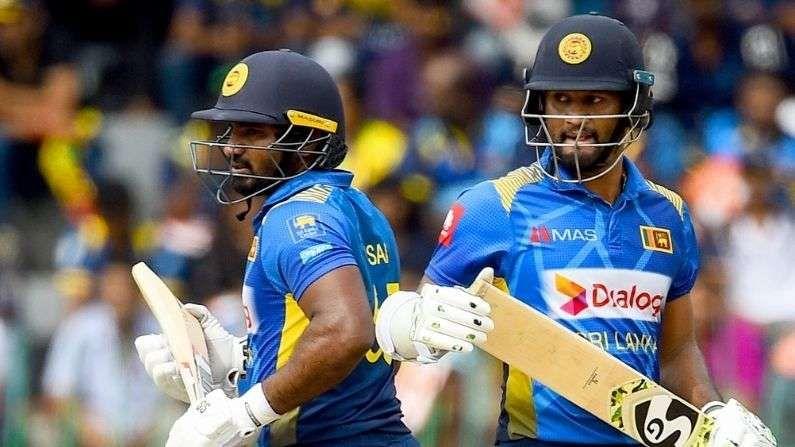 શ્રીલંકન ક્રિકેટર્સને વિશ્વના અન્ય ક્રિકેટર્સની તુલનામાં ખૂબ જ ઓછા પૈસા મળી રહ્યા છે. શ્રીલંકાના ટેસ્ટ કેપ્ટન દિમુથ કરુણારત્ને (Dimuth Karunaratne)ને 51 લાખ રુપિયા મળી રહ્યા છે. જ્યારે વન ડે અને ટી20 ના કેપ્ટન કુસલ પરેરા (Kusal Perera) ને માત્ર 25 લાખ રુપિયા જ મળી રહ્યા છે.