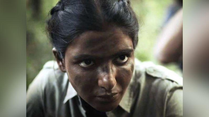 સામન્થા અક્કિનેની :-  સાઉથ ઇન્ડિયન ફિલ્મની સુપરસ્ટાર સામન્થા અક્કિનેની (Samantha Akkineni) એ આ વેબ શો દ્વારા ઓટીટી પર હિન્દીમાં પ્રવેશ કર્યો છે. રાજીનાં ખતરનાક પાત્રને ભજવવા માટે સામન્થાએ 3-4 કરોડ રુપયાની ફી લીધી છે.
