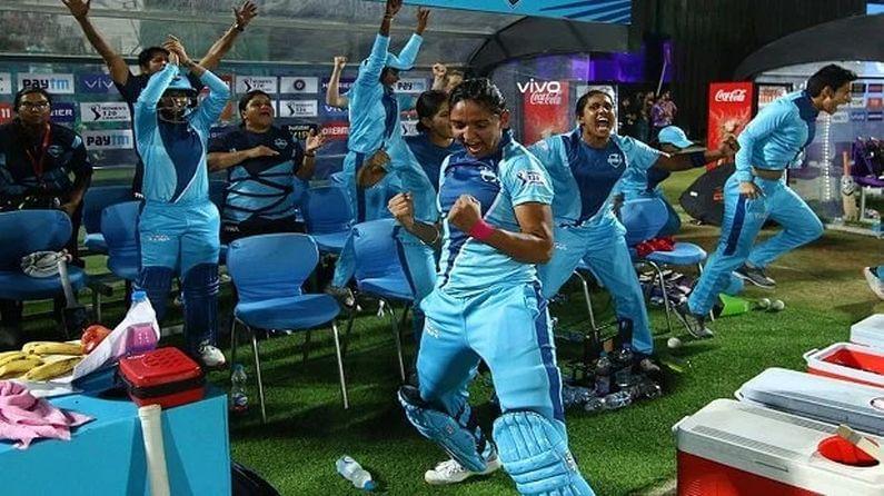 આ પહેલા રોડ્રિગ્સ, હરમનપ્રિત કૌર, સ્મૃતિ મંધાના અને દિપ્તી શર્મા ઈંગ્લેંડની T20 લીગ કિયા સુપર લીગમાં રમી ચુકી છે. ધ હંડ્રેડથી પહેલા ભારતીય મહિલા ટીમ ઈંગ્લેંડ વિરુદ્ધ 16 જૂનથી 15 જૂલાઈ વચ્ચે 1 ટેસ્ટ મેચ, 3 વન ડે મેચ અને 3 T20 મેચની શ્રેણી રમશે.