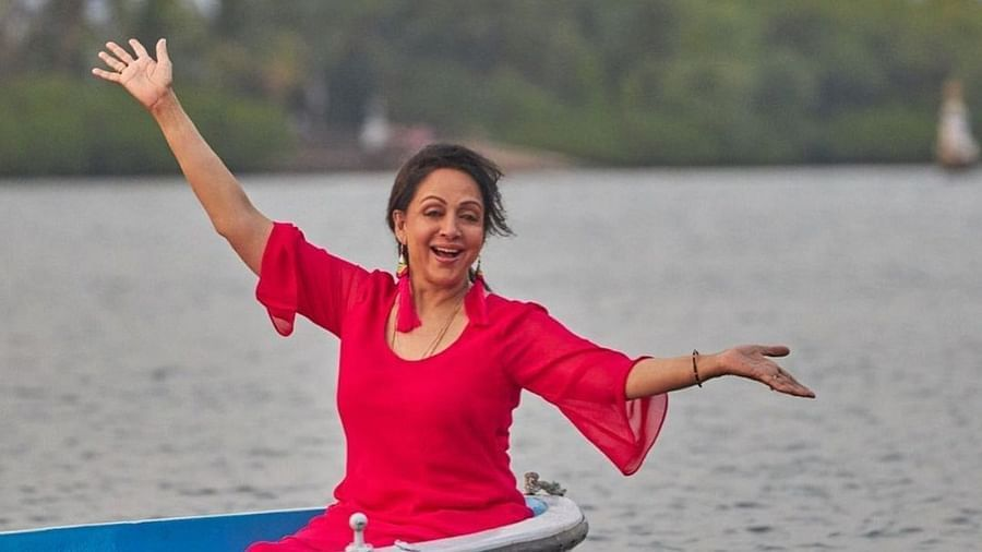 hema malini will be seen in super dancer chapter 4 says i am quite blown away by the wonderful display of amazing talent